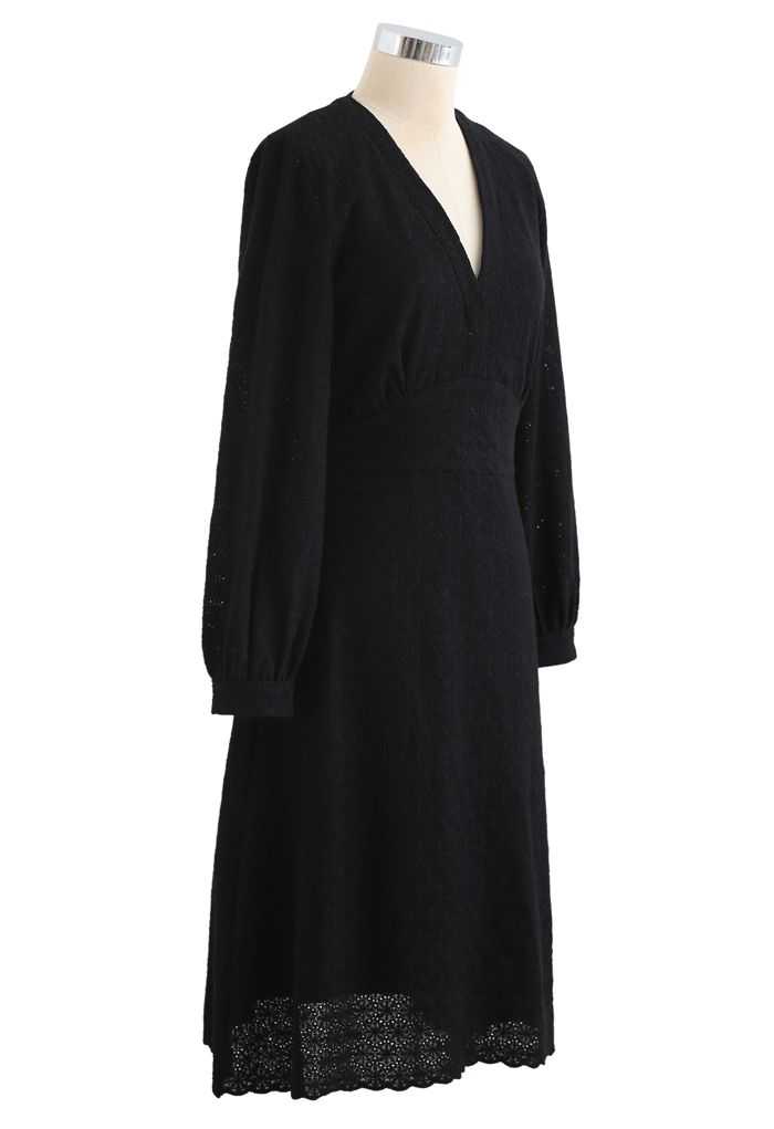フルフローレット刺繡Vネックワンピース ブラック