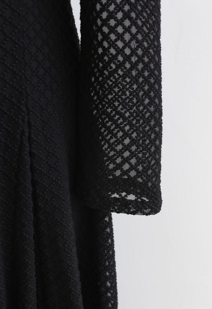 テクスチャード刺繍Vネックワンピース ブラック