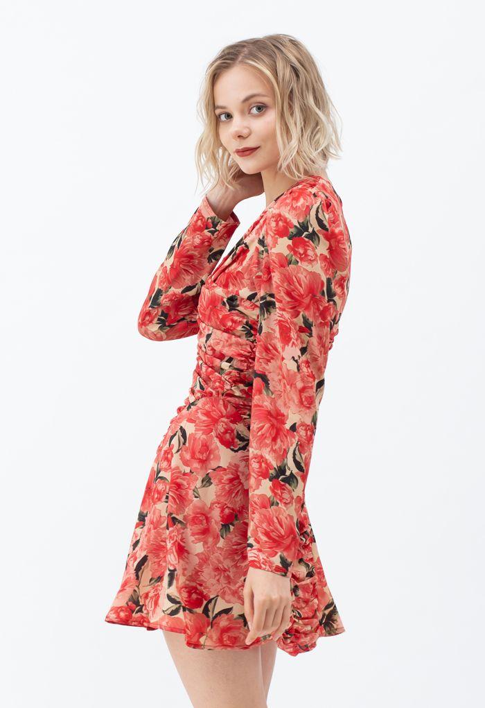 シャーリングレッド花柄Vネックミニワンピース