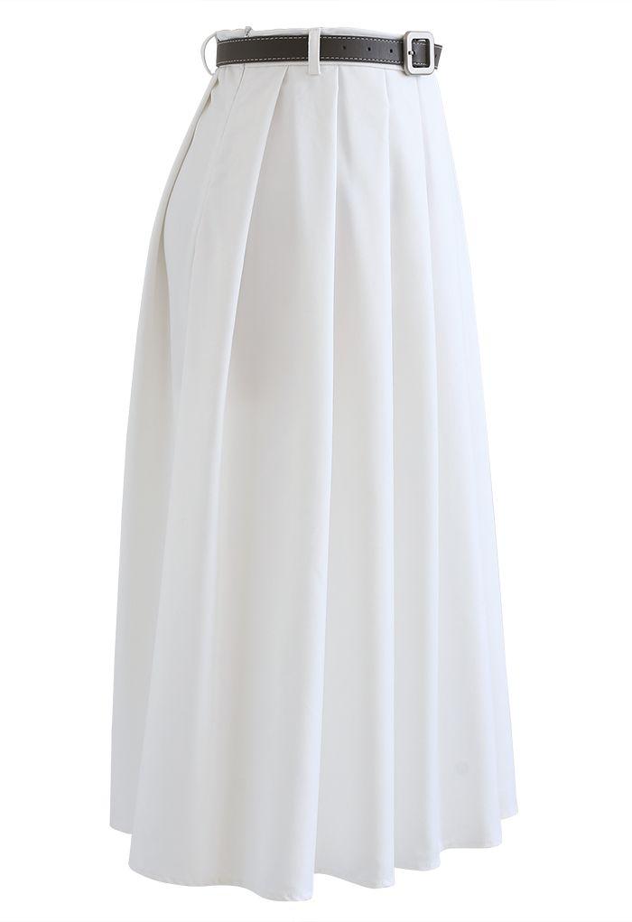 ベルト付きクラシックプリーツスカート ホワイト
