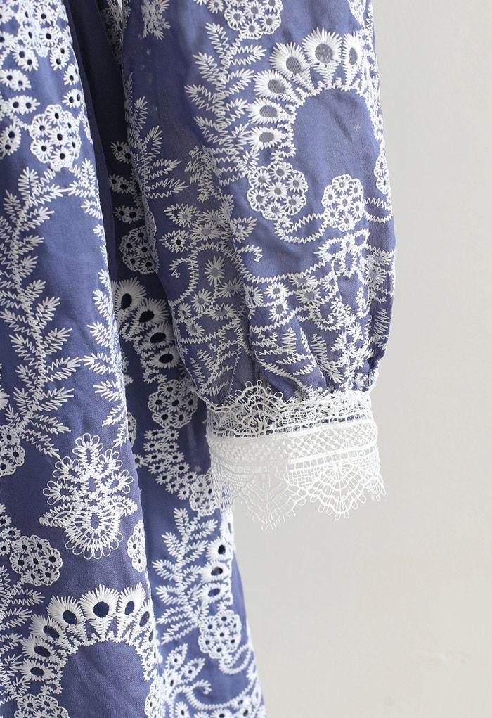 Vネッククロッシェ刺繍ワンピース