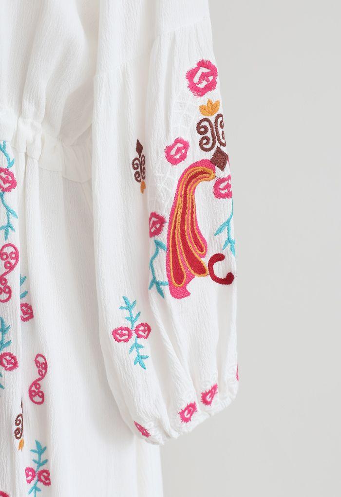 Vネック刺繍ボーホーマキシワンピース