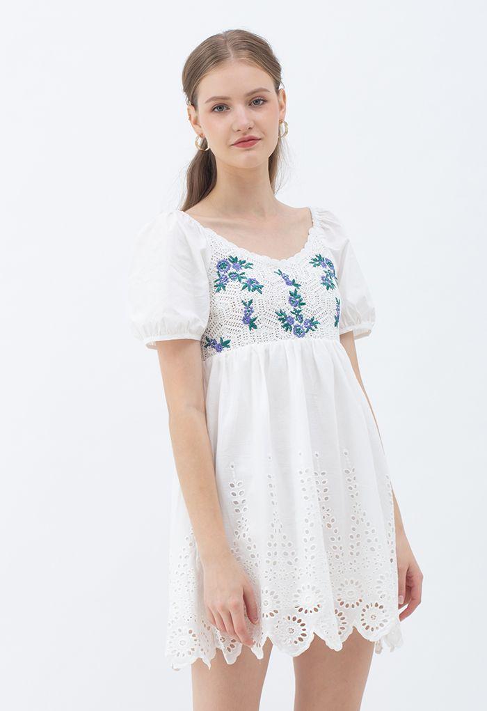 花柄刺繍コットンドリーワンピース
