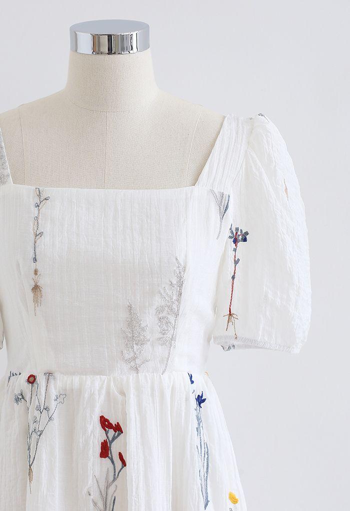 バックリボンスクエアネック刺繍ワンピース