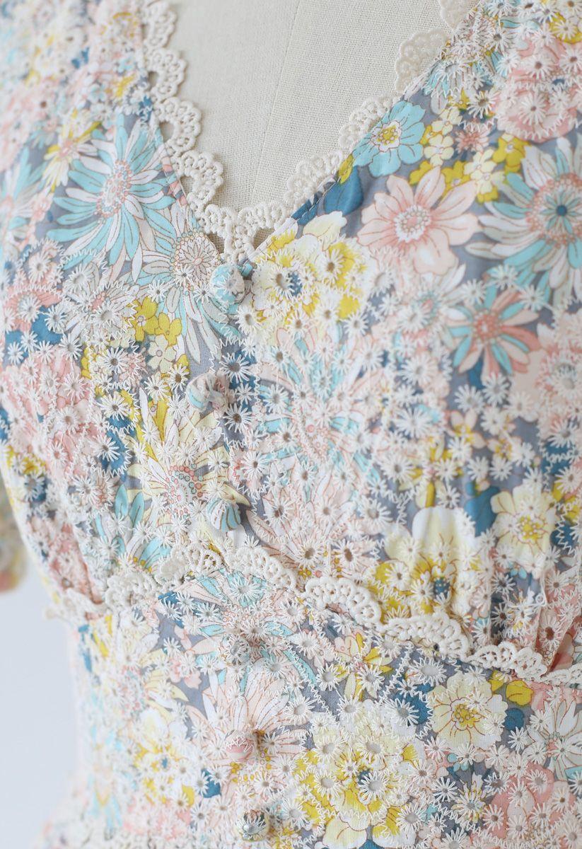 花柄Vネック刺繍ワンピース