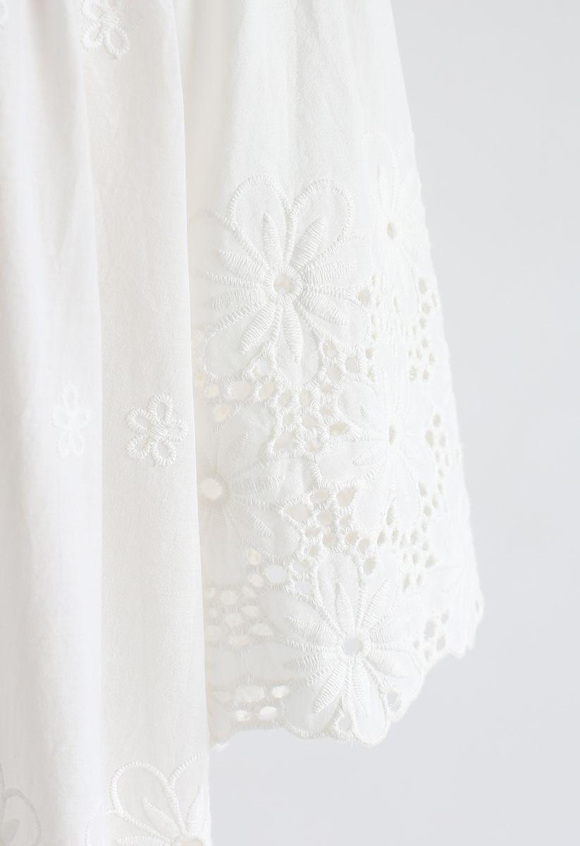 アイレット花柄刺繍オフショルダートップス