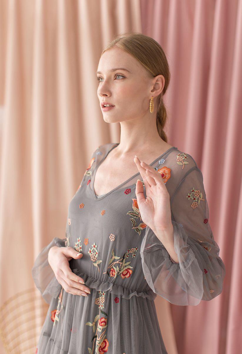 花柄刺繍メッシュマキシワンピース グレー