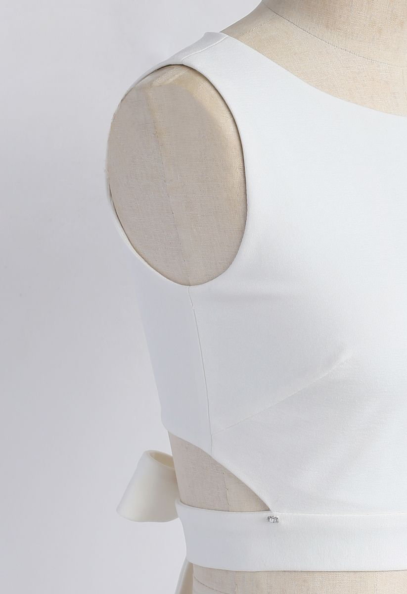 バックリボン クロップドトップス ホワイト