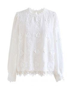 フラワー刺繍アイレットブラウス ホワイト