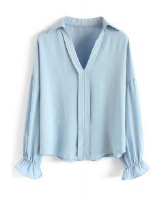 vネックシャツ ブルー