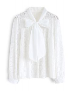 フローラルレースボウネックシャツ ホワイト